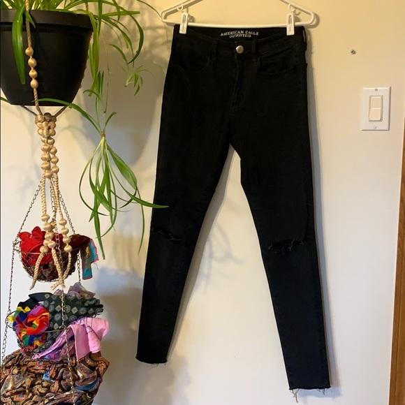 AE Black Super Stretch 360 Distressed Skinny Jeans